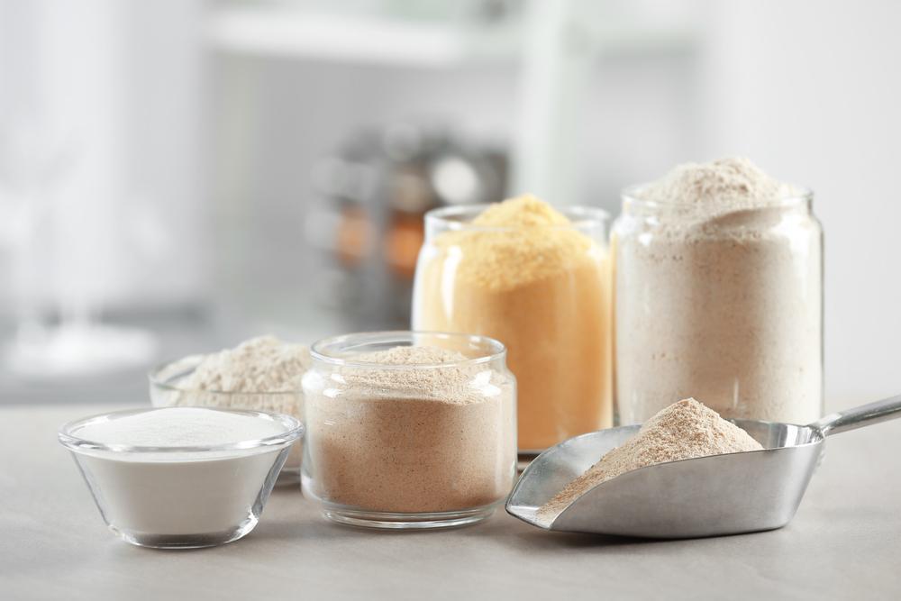 Typy mąki: jaka mąka pszenna na drożdżówkę, biszkopt, naleśniki i na chleb?