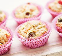 Muffiny z oliwkami i parmezanem - idealne na drugie śniadanie