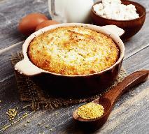 Zapiekanka z kaszy kukurydzianej i sera białego