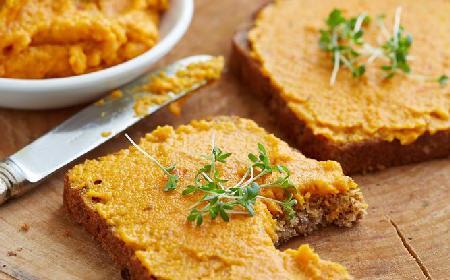 Hummus z dyni - doskonała pasta do kanapek