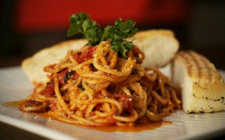 Jak zrobić łatwe i pyszne spaghetti? Podajemy prosty przepis