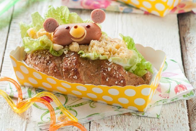 Wesołe kanapki z pastą serową - łatwy przepis!