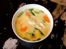 Jarzynowa z kurkumą: zupa na wzmocnienie odporności