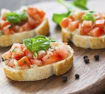 Bruschetta z agrestem i pomidorami - pomysł na lunch