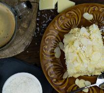 Bajeczny sernik kokosowy na zimno - przepis na najlepsze Rafaello