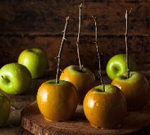 Jabłka w karmelu - przepis na pyszny deser jabłkowy na chłodne dni