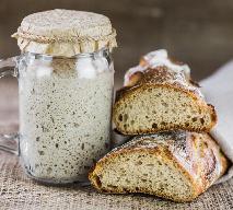 Zakwas na chleb – jak go przygotować, przechowywać i wykorzystywać, by domowy chleb udał się za każdym razem?