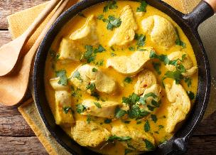Kurczak curry - prosty przepis na szybki obiad z piersi kurczaka