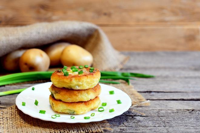 Apetyczne pieczone puree - szybki sposób na nadwyżki jedzenia