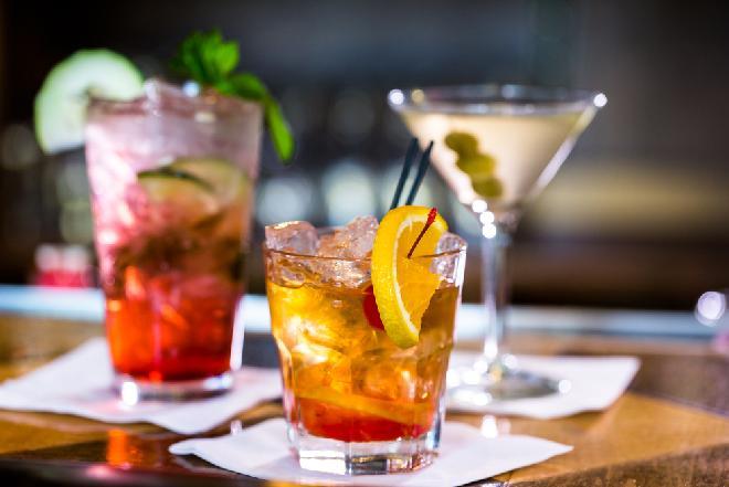 Modne drinki na sylwestra i karnawał - NAJLEPSZE PRZEPISY